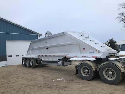 2005 Travis 39ft Bottom Dump Trailer, Tri Axle