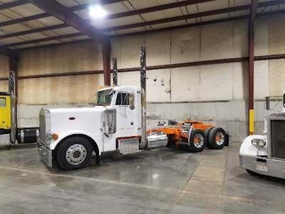 1988 Peterbilt 379 Day Cab Semi Truck - CAT B Model, 15 Speed Manual