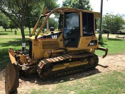"2005 Caterpillar  D4 XL Dozer - ""EROPS"", Rippers, A/C and Heat, Sweeps"