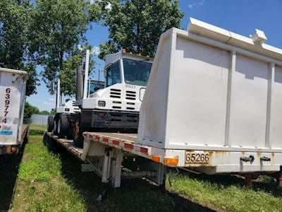 2008 Fontaine 53x102 Drop Deck Trailer - Tri Axle, Beavertail and Ramps, Air Ride Suspension