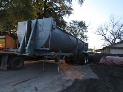 1998 Ranco 32ft Half Round End Dump Trailer
