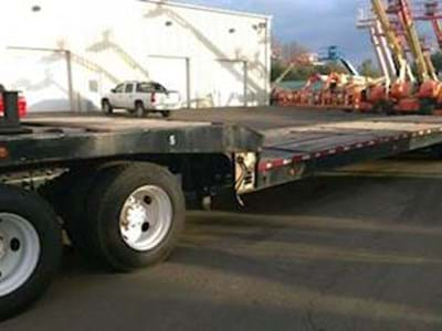 2004 Landoll 930A Traveling Axle Trailer